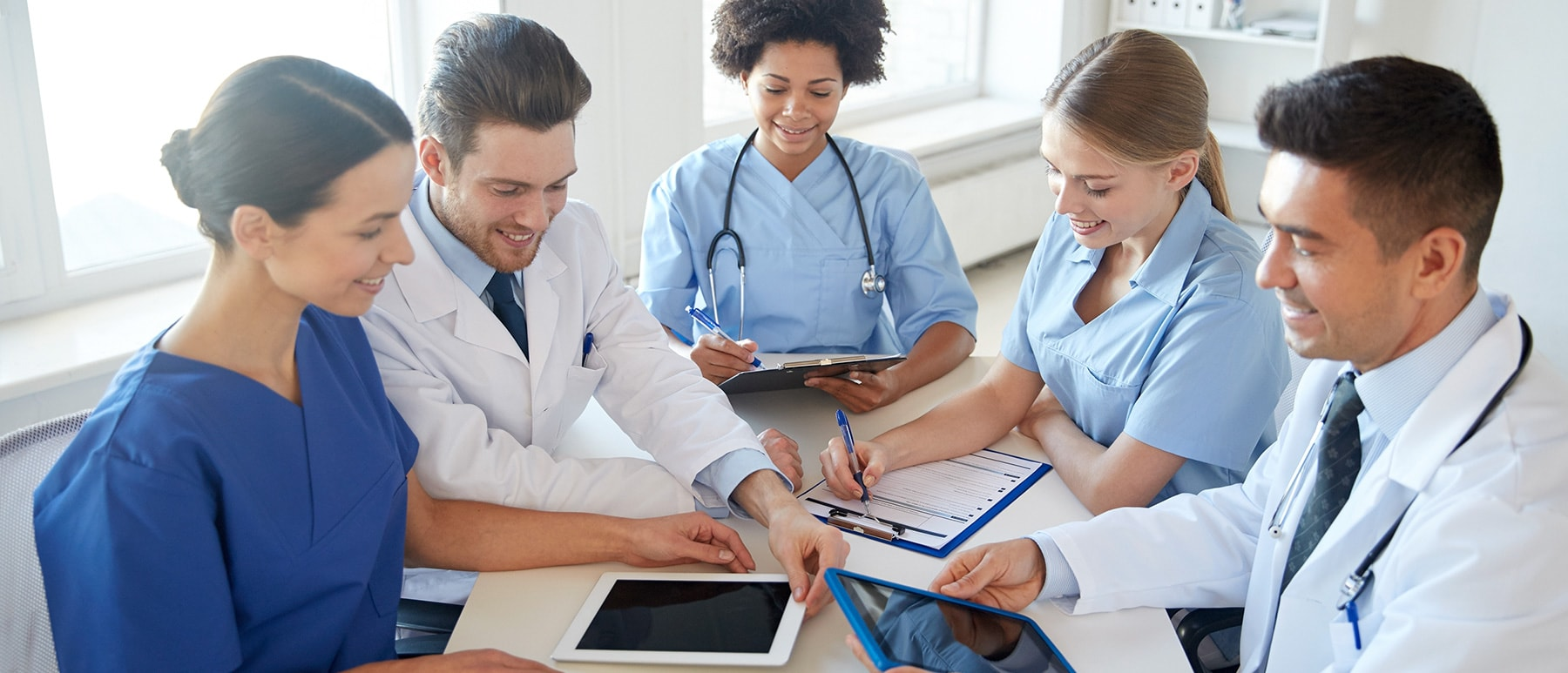 interprofessional collaboration in health care Abstract interprofessional collaboration (ipc) is a driving force behind state-of-the art health care delivery health care experts, governmental bodies, health professions organizations.